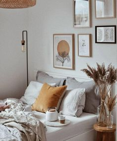 Home Decor Bedroom .Home Decor Bedroom Bedroom Art, Home Decor Bedroom, Decor Room, Spare Bedroom Ideas, Green Bedroom Decor, 60s Bedroom, Scandi Bedroom, Budget Bedroom, Small Bedrooms