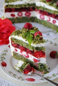 Szpinakowo- malinowy tort Kinds Of Desserts, Types Of Cakes, Food Cakes, Confectionery, Sweet Life, Cake Recipes, Cake Decorating, Sweet Tooth, Food And Drink