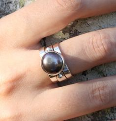3-Band Black Pearl Ring | Packages on the Porch