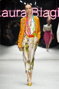 Laura Biagiotti Milano - Spring Summer 2013 Ready-To-Wear - Shows - Vogue.it