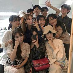 Korean Boys Ulzzang, Ulzzang Couple, Ulzzang Girl, Korean Girl, Friend Group Pictures, Bff Pictures, 1million Dance Studio, Korean Best Friends, Girl Friendship