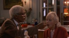 """Morgan Freeman and Jessica Tandy in """"Driving Miss Daisy"""" Jessica Tandy - Best Actress Oscar 1989 Logic Lyrics, Daisy Tumblr, Daisy Lyrics, Jessica Tandy, Driving Miss Daisy, Netflix, Morgan Freeman, Mtv Videos, Chance The Rapper"""