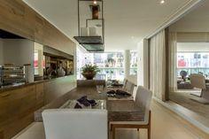 Espaço Gourmet na sacada varanda terraço  integrado com a sala