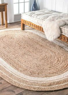 Crochet Pouf, Crochet Carpet, Crochet Rug Patterns, Dream Catcher Decor, Sisal Carpet, Oval Rugs, Diy Furniture Easy, Jute Rug, Diy Home Crafts