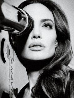 Angelina Jolie by Mauro Mongiello