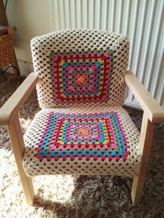 shabby chic stool 17 high with granny square crochet cover purple upcycle recycle via etsy inspiration crochet diy gb - PIPicStats Crochet Motifs, Crochet Squares, Crochet Granny, Crochet Yarn, Crochet Patterns, Crochet Decoration, Crochet Home Decor, Crochet Furniture, Funky Chairs