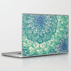 Emerald Doodle Laptop Skin - Macbook pro 15 inch