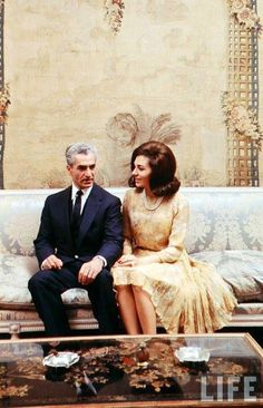 Beautiful photo of Iran's King and Queen Farah Diba, Iran Pictures, Pahlavi Dynasty, The Shah Of Iran, Teheran, Iranian Women Fashion, King Of Kings, Historical Pictures, Popular Culture