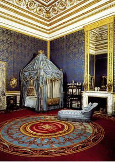 6. The Queen's Bedroom - Apartmmenti Monumentali The Royal Apartments