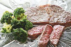 How To Cook Petite Sirloin Steak Inside | LIVESTRONG.COM