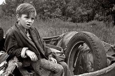 October 1935. Son of destitute Ozark family on the road in Arkansas. Shorpy Historical Photo Archive :: Ozark Boy: 1935