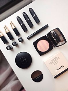 Mac cosmetic, chanel makeup, what's in my makeup bag