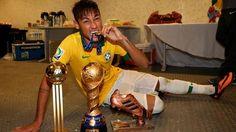 neymar girlfriend 2014 | Neymar wins Confederations Cup Golden Ball Award