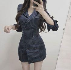 Moda Makeup Hacks makeup hacks at home Kpop Fashion Outfits, Ulzzang Fashion, Korean Outfits, Cute Fashion, Girl Fashion, Fashion Dresses, Korean Fashion Trends, Asian Fashion, Classy Outfits