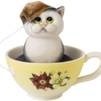 Teabag Fleabag figurine by Linda Jane Smith