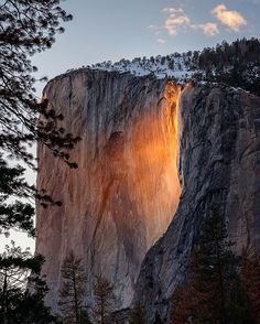 "From ""Firefall in Yosemite National Park"" story by ABC News on Storify — https://storify.com/abcnews/firefall-in-yosemite-national-park"