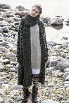 Strukturstickad damkofta Novita Isoveli | Novita knits