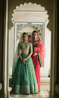 Sabyasachi Spring Couture The Udaipur Collection. Jewellery by Kishandas For Sabyasachi. Photograph by Tarun Khiwal. Indian Bridal Wear, Indian Wedding Outfits, Bridal Outfits, Indian Outfits, Udaipur, Indian Attire, Indian Ethnic Wear, Khadi, Sabyasachi Collection
