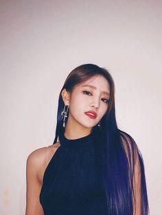 Minnie Nicha Yontararak - Minnie (G)-Idle) Kpop Girl Groups, Korean Girl Groups, Kpop Girls, Btob, Fandoms, Extended Play, Cube Entertainment, Soyeon, Minnie