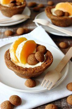 Zoet & Verleidelijk: Kruidnotentaartjes met sinaasappelmousse