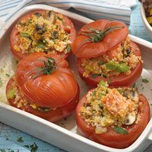 Tomaten mit Couscousfüllung