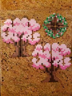 Fast and easy Perler Beads Designs, no matter what pattern you're looking, you can make it and decorate anything you want within a few minutes! Perler Bead Designs, Perler Bead Templates, Hama Beads Design, Diy Perler Beads, Perler Bead Art, Melty Bead Patterns, Pearler Bead Patterns, Perler Patterns, Beading Patterns
