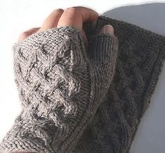 Ravelry: Brego-setti pattern by Tuulia Salmela Knitting Patterns, Crochet Patterns, Knitting Socks, Knit Socks, Wrist Warmers, Yarn Projects, Fingerless Gloves, Mittens, Ravelry