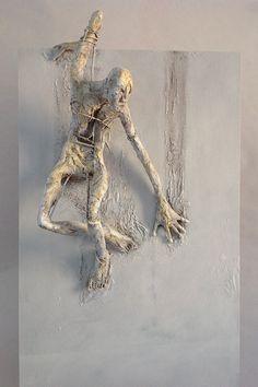 Pablo Hueso – Sculpture – figura-ne-330-2016 Human Sculpture, Paper Mache Sculpture, Art Sculpture, Sculpture Ideas, Ceramic Sculpture Figurative, Figurative Art, Art Alevel, Concrete Art, Art Object