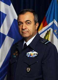 Πολεμική Αεροπορία - Επίτιμος Αρχηγός Γενικού Επιτελείου Αεροπορίας