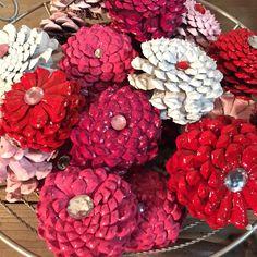 Valentine's Day Pinecone Zinnia Flowers!