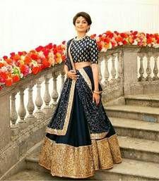 Indian Pakistani Ethinic Wedding Bollywood Party Wear New Designer Lengha Choli Indian Bridal Lehenga, Indian Bridal Wear, Indian Wedding Outfits, Indian Sarees, Indian Outfits, Indian Clothes, Indian Wear, Indian Weddings, Wedding Dresses
