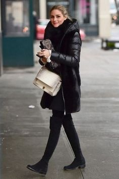 Olivia Palermo in leggings out in Brooklyn - January 2017 Supernatural Style Olivia Palermo Outfit, Olivia Palermo Stil, Olivia Palermo Lookbook, Olivia Palermo Winter Style, Hipster Chic, Fall Winter Outfits, Autumn Winter Fashion, Winter Leggings, Elegantes Outfit