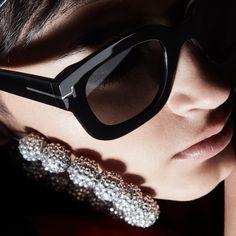 62a61c53e9  TOMFORD  TFEYEWEAR Black Sunglasses