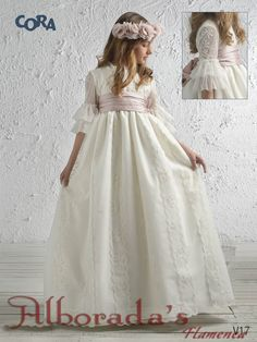 Colección de vestidos de comunión  2017, Cora de Niña Wedding Dresses For Girls, Flower Girl Dresses, Girls Christening Dress, Party Frocks, First Communion Dresses, Quinceanera Dresses, Dream Dress, Pretty Outfits, Baby Dress