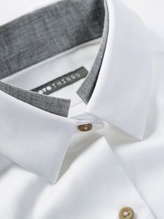 OVO Things Twill Shirt with a unique collar detail as just a hint of another collar. Buy the Latest Brand Men Casual Shirts and Online Business Formal Shirt at fashion cornerstone. Discounts all season long. Chanel Couture, Camisa Slim, Der Gentleman, Only Shirt, Herren Style, Twill Shirt, Herren Outfit, Collar Designs, Men Design