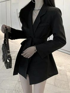 Kpop Fashion Outfits, Stage Outfits, Korean Outfits, Fashion Dresses, 2000s Fashion, Fashion Hacks, Diy Fashion, Fashion Tips, Mens Fashion