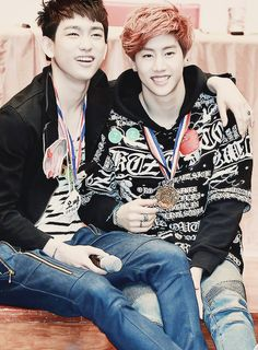GOT7 Jr and Mark~How cute do they look!