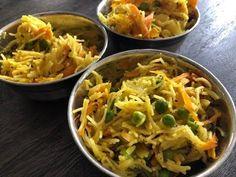 Vermicelli Upma Recipe | Indian Snack Seviyan Upma Easy Healthy Breakfast Recipes For Weight Loss, Vegetarian Breakfast Recipes, Breakfast Dishes, Indian Snacks, Indian Food Recipes, Ethnic Recipes, East Indian Food, Vermicelli Recipes, Upma Recipe