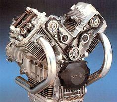 OddBike: Moto Guzzi MGS-01 - Cooking Goose
