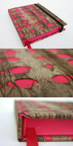 Amate Rojo by Abimael Estrada