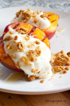 Grilled Breakfast Nectarines with Greek Yogurt, Granola, and Honey - Eazy Peazy Mealz