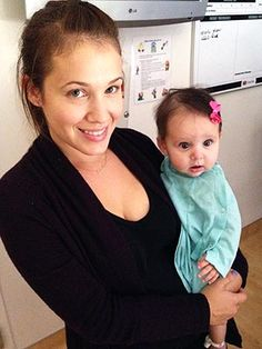 Marla Sokoloff  with her daughter Elliotte  for lung surgery .