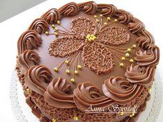 11049579_988688134532076_3851743086819974873_n I Love Chocolate, Chocolate Heaven, Buttercream Cake, Fondant Cakes, Beautiful Desserts, Just Cakes, Cake Creations, Creative Cakes, Cupcake Cookies