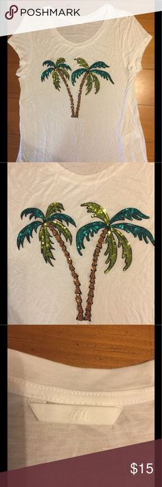 H and M palm sequin shirt Adorable tee shirt with fancy palms H and M Tops Tees - Short Sleeve