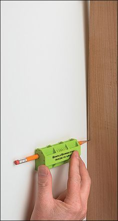 "Nice way to conform pieces to non-flat walls (are there walls that are actually really flat?). ""Simple Scribe - Woodworking"""