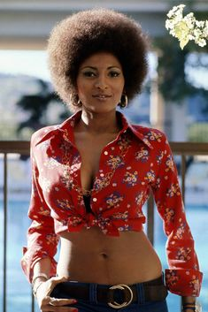 "Pam Grier, the famous blaxploitation films' femme fatale, turns 63 this Saturday, May From ""Foxy Brown"" to ""Jackie Brown"" and playing a sexy j. Black Is Beautiful, Beautiful People, Beautiful Women, Beautiful Pictures, Beautiful Eyes, Naturally Beautiful, Beautiful Gowns, Girl Bands, My Hairstyle"