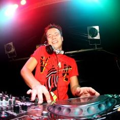 Snader Van Doorn #DJS #DJING #EDM #PROGRESSIVEHOUSE