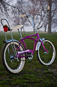 The Naked Bicycle with Cheese Old Bicycle, Bicycle Women, Old Bikes, Bicycle Shop, Vintage Cycles, Vintage Bikes, Bike Cart, Lowrider Bicycle, Bicycle Workout
