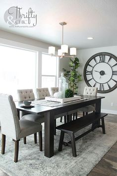 Awesome 50 Minimalist Small Dining Room Decoration Ideas On A Budget. # room decor on a budget 50 Minimalist Small Dining Room Decoration Ideas On A Budget - OMGHOMEDECOR Dining Room Wall Decor, Dining Room Design, Kitchen Decor, Dining Room Centerpiece, Kitchen Ideas, Grey Dinning Room, Dining Room Clock, Centerpiece Ideas, Kitchen Living