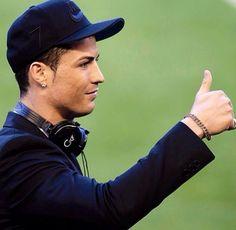 Cristiano Ronaldo World Cup 2014 Photos Gallery Cristiano Ronaldo Cr7, Ronaldo Pictures, Portugal National Football Team, Cr7 Junior, Soccer Stars, Juventus Fc, Best Player, Real Madrid, Cute Boys